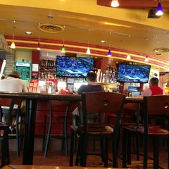 Photo taken at Red Robin Gourmet Burgers by Joe H. on 7/27/2013