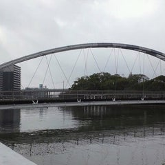 Photo taken at アルバカーキ橋 by kyama c. on 2/2/2014