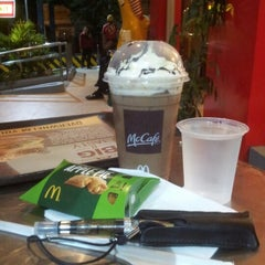 Photo taken at McDonald's by ΩMRiBΩΨ™ B. on 2/2/2013