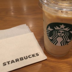 Photo taken at Starbucks Coffee 札幌ステラプレイス センター1階店 by quokka on 6/26/2015