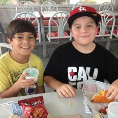 Photo taken at Taco Bell by Ellen Streiff on 7/12/2013