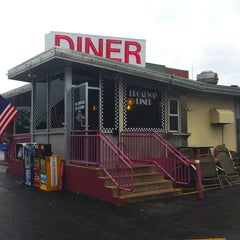 Photo taken at Broadway Diner by Kevin C. on 5/28/2013