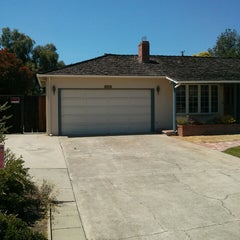 Photo taken at Steve Jobs' Garage (Former) by Guillermo V. on 6/8/2013