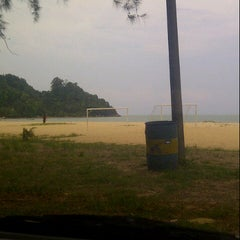 Photo taken at Pantai Cherating by shah r. on 5/14/2013