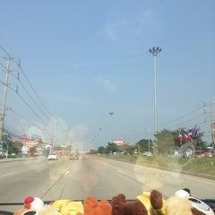 Photo taken at สวนอุตสาหกรรมโรจนะ อยุธยา (Rojana Industrial Park, Ayutthaya) by Scuba D. on 11/27/2014
