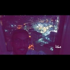 Photo taken at Mövenpick Hotel & Residences Hajar Tower Makkah by Rakan K. on 7/7/2015