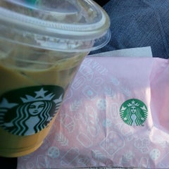 Photo taken at Starbucks by Marvin N. on 5/1/2013