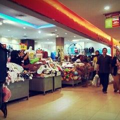 Photo taken at Giant Hypermarket by Sahnaz Febriana P. on 8/3/2013