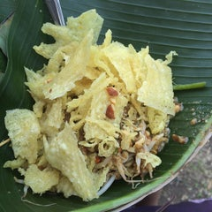 Photo taken at Pecel Winongo by Lilywati C. on 10/21/2014