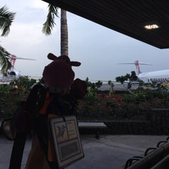 Photo taken at Gate 10 by Alex on 4/28/2015