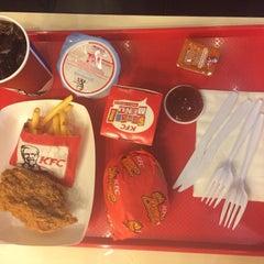 Photo taken at KFC (เคเอฟซี) by Thanalak T. on 4/5/2015
