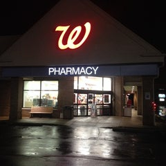 Photo taken at Walgreens by Mohammed A. on 12/20/2013