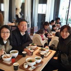 Photo taken at nana's green tea 東京スカイツリータウンソラマチ店 by Okyoung K. on 2/19/2015