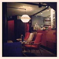 Photo taken at Lounge Bohemia by Simon B. on 1/29/2013