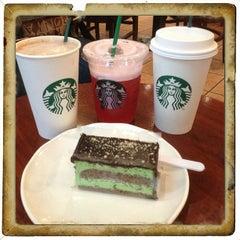 Photo taken at Starbucks by Ling L. on 1/14/2013
