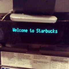 Photo taken at Starbucks by Stephan P. on 5/14/2013