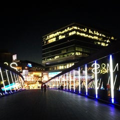Photo taken at Westfield Stratford City by Andrew W. on 7/18/2013