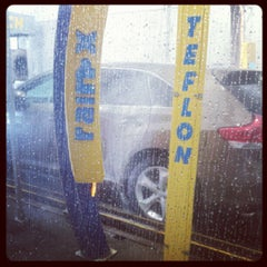 Photo taken at Magic Touch Auto Spa by gio613 on 9/30/2012