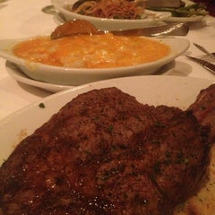 Photo taken at Ruth's Chris Steak House by Nick O. on 6/14/2013
