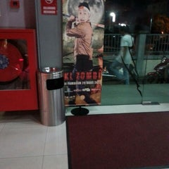 Photo taken at BIG Cinemas by Surya A. on 9/15/2013