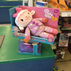 "Photo taken at Toys ""R"" Us by Vancler S. on 7/11/2015"
