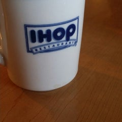 Photo taken at IHOP by Ruben R. on 9/20/2014