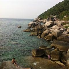 Photo taken at Dusit Buncha Resort by Taecompe K. on 4/6/2013