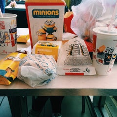 Photo taken at McDonald's by Hui E. on 5/29/2015