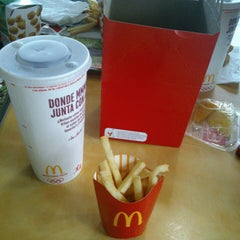 Photo taken at McDonald's by Daniela A. on 7/13/2013