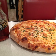 Photo taken at We, The Pizza by Polly H. on 11/30/2012