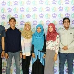 Photo taken at SMA Negeri 1 Surabaya by Aida F. on 7/23/2015