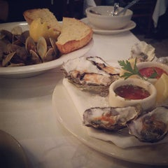 Photo taken at Scott's Seafood Folsom by UT F. on 11/12/2015