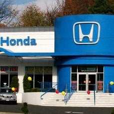 Photo taken at Garden State Honda Clifton by Franklin C. on 7/9/2013