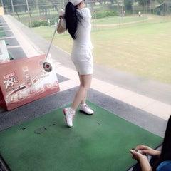 Photo taken at Jakarta Golf Club (JGC) by Vania W. on 11/5/2014