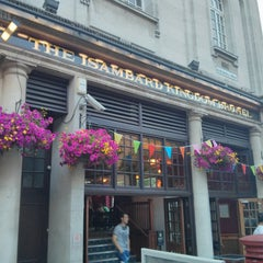 Photo taken at The Isambard Kingdom Brunel (Wetherspoon) by Andrew B. on 7/17/2013