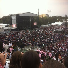 Photo taken at Foro Sol by Karla Noemí L. on 6/9/2013