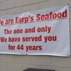 Photo taken at Earp's Seafood by Griffe on 1/17/2014