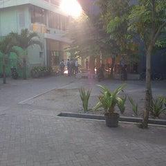 Photo taken at SMA Negeri 3 Sidoarjo by Tiara H. on 8/28/2013