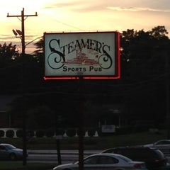Photo taken at Steamers by Dale M. on 7/6/2013