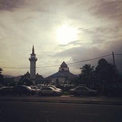 Photo taken at Masjid Nurul Iman Serendah by Nazim I. on 10/15/2013