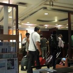 Photo taken at All Seasons Bangkok Siam Hotel by Sunetta K. on 6/27/2014