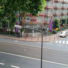 Photo taken at Mercure Hotel & Residenz Frankfurt Messe by Sultan A. on 7/24/2014