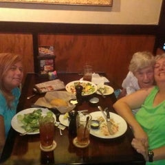 Photo taken at LongHorn Steakhouse by June S. on 8/17/2013
