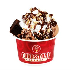 Photo taken at Cold Stone Creamery by Felix C. on 3/29/2014
