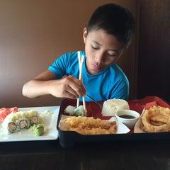 Photo taken at Sushi Hana Fusion Cuisine by ElizAbeth on 8/15/2015