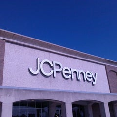 Photo taken at JCPenney by Dianne 💞 on 8/29/2013