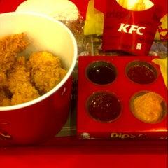 Photo taken at KFC Restaurant by Kim on 10/14/2012