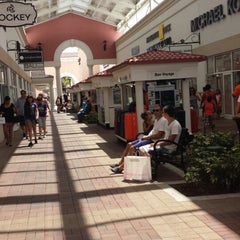 Photo taken at Orlando International Premium Outlets by Michael Z. on 6/27/2013
