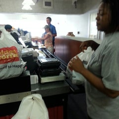Photo taken at Golden Corral by Carlos S. on 7/17/2013