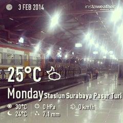 Photo taken at Pasar Turi by Nizar Z. on 2/2/2014
